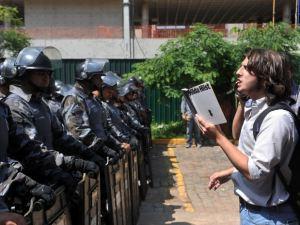 Estudante tem mais que protestar