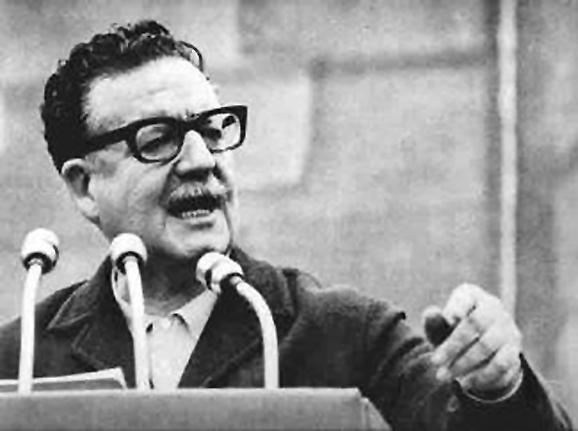 Salvador Allende foi derrubado pelos militares há exatos 41 anos
