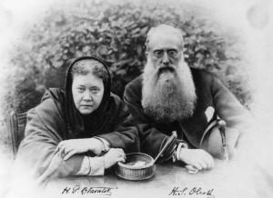 Blavatsky e Olcott, fundadores da Sociedade Teosófica