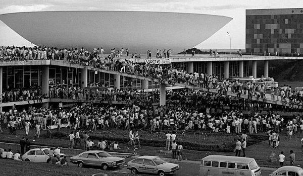 25 de abril congresso nacional 1984 diretas já foto 2