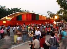 Tenda dos Autores da FLIP 2014 (foto de Valéria Oliveira)