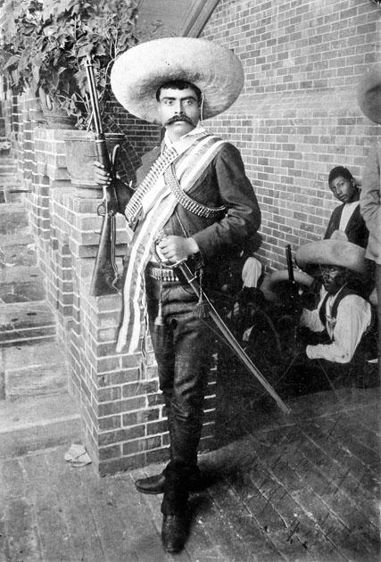 Zapata e seu inseparável sombrero (fonte: SIBCI)