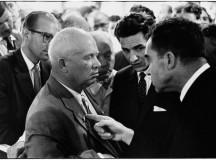 O fotógrafo Elliott Erwitt flagrou o momento acalorado do debate entre Nixon e Kruschev (fonte: agência Magnum)