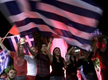 Gregos celebram a vitória do oxi (não, em grego) (Fonte: RT)