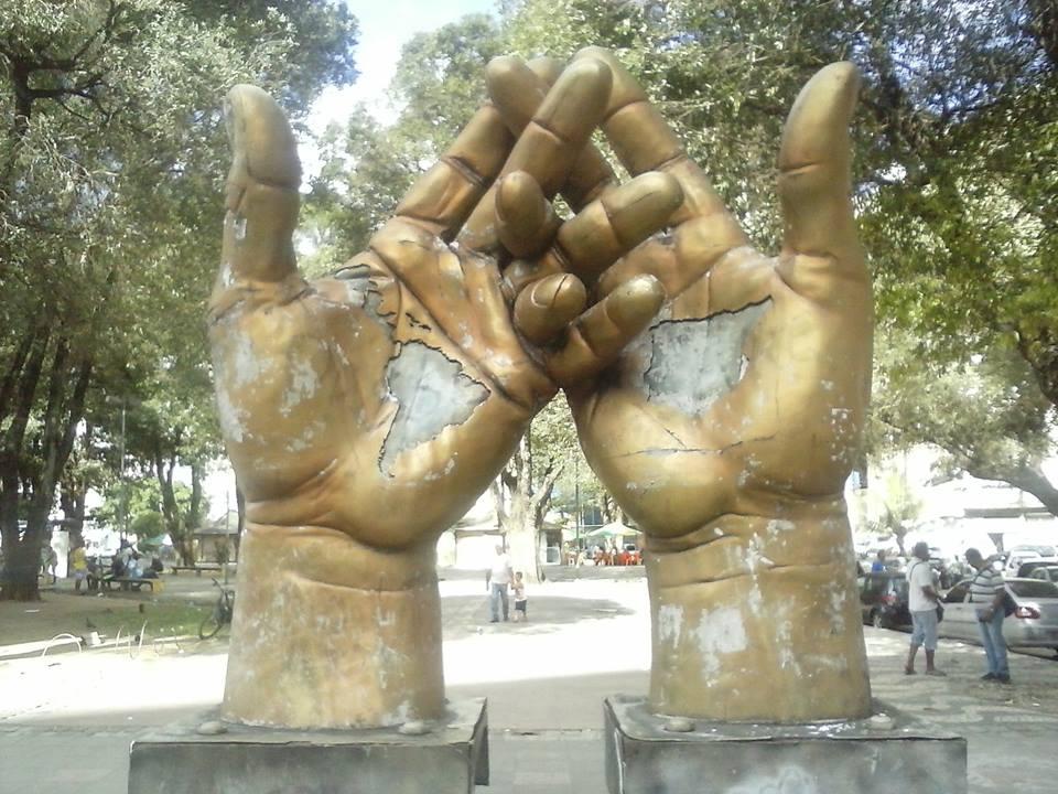 escultura kennedy salvador