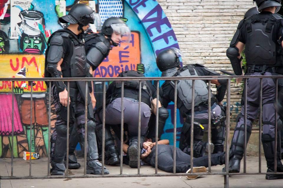 violência policial 12 de janeiro