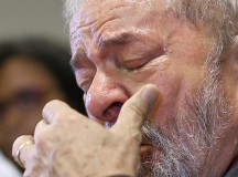 Lula em discurso sobre a denúncia contra ele na Justiça Federal (foto de Ricardo Stuckert)