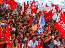 Militância petista antes do impeachment de Dilma Rousseff
