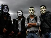 Ativistas do Anonymous em protesto na Colômbia