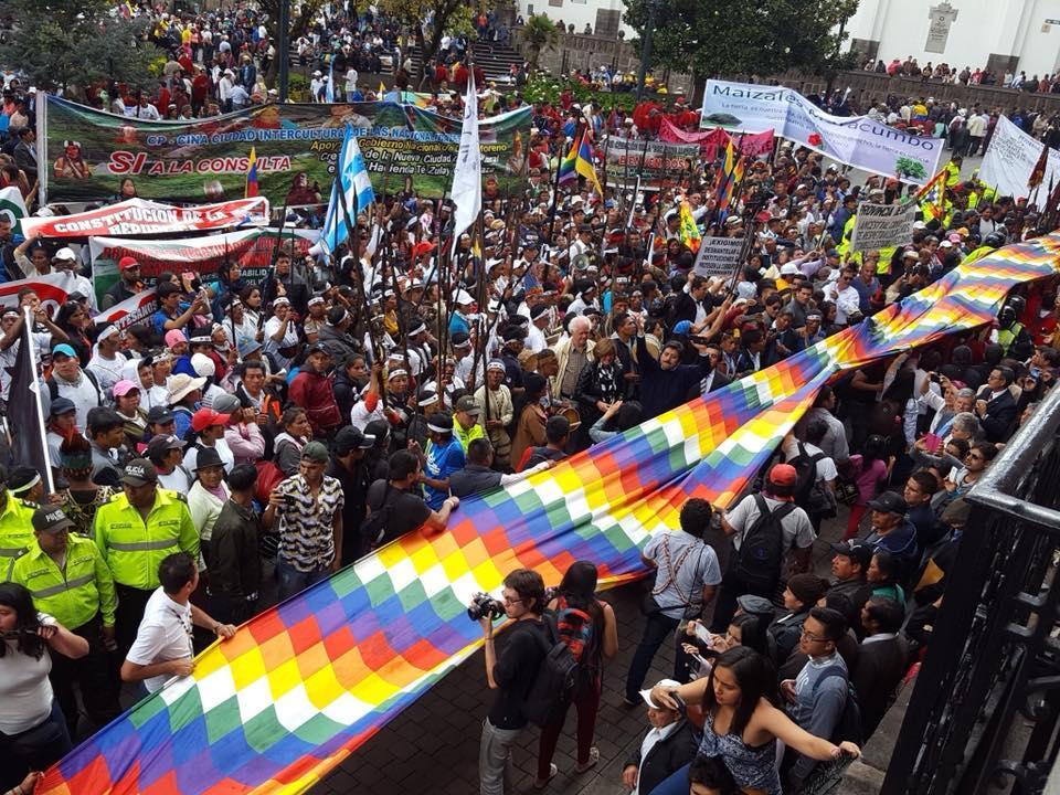 A luta contra o abuso das petroleiras e mineradoras no Equador
